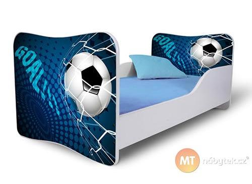 Dětská postel s míčem pro fotbalistu