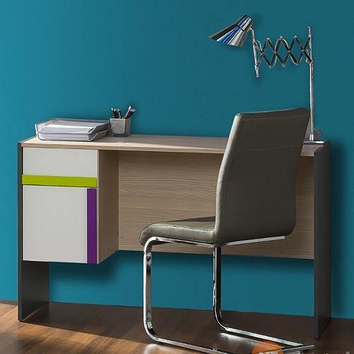 Studentský psací stůl