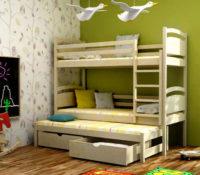 Dřevěná patrová postel s přistýlkou a úložnými šuplíky
