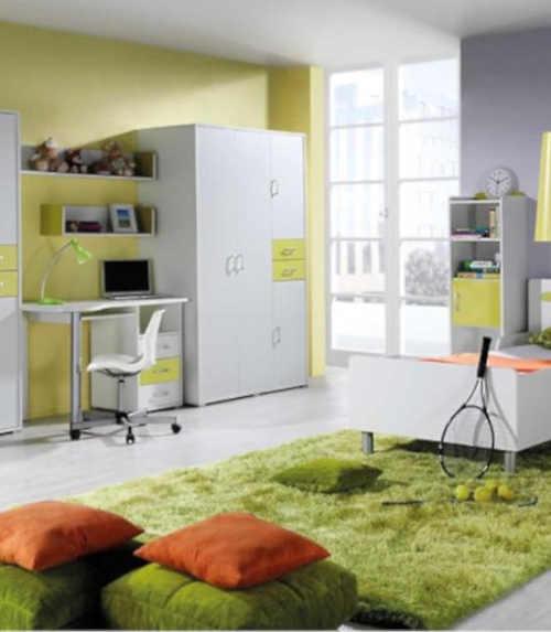 Moderní a velmi praktická skříň
