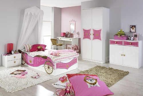 Růžovo-bílé princeznovský dětský pokoj