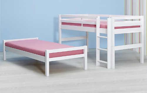 Normální a vyvýšená postel z dětské patrové postele