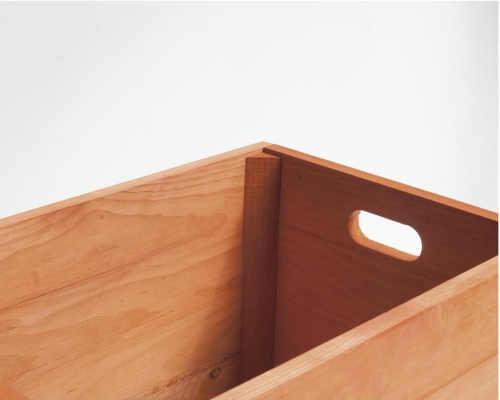 úložný dřevěný box na hračky