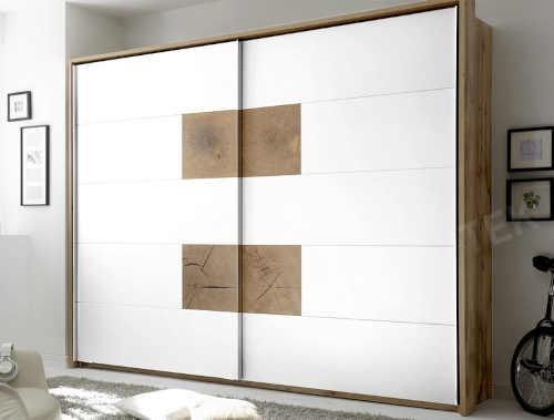 Moderní praktická skříň s posuvnými dveřmi